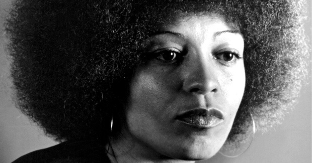 Angela Davis: 'There is an Unbroken Line of Police Violence in the US that Takes Us Back to Slavery'