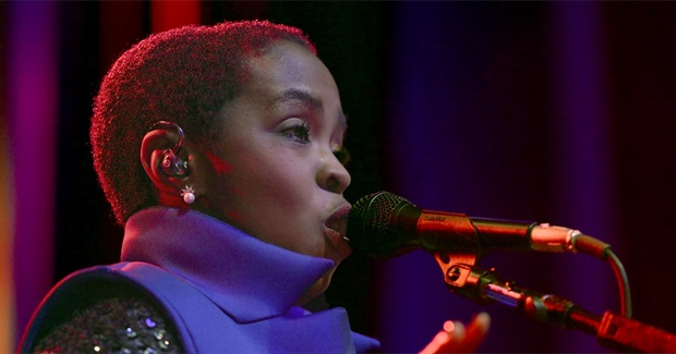 "Lauryn Hill Dedicates A Recording Of Her Powerful Song ""Black Rage"" To The People Of Missouri"