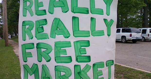The Really Really Free Market: Instituting the Gift Economy