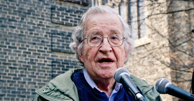 Those Who Failed to Recognize Trump as 'Greater Evil' Made a 'Bad Mistake': Chomsky