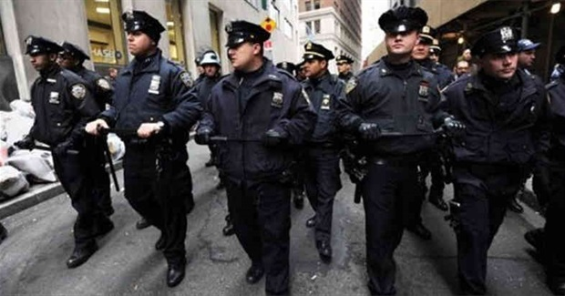 Cops Threaten a Blue Coup in New York City