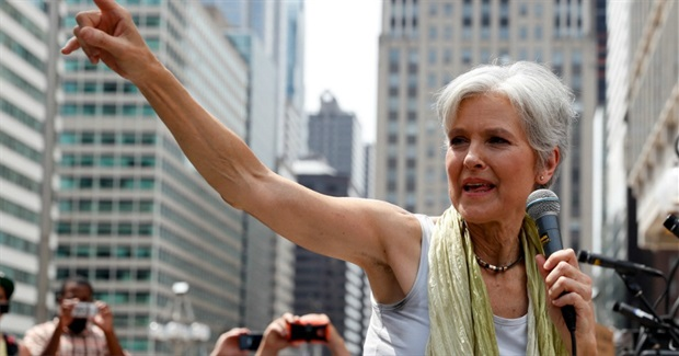 As Nominee, Stein Says She Wants to Assume Mantle of Sanders' Revolution
