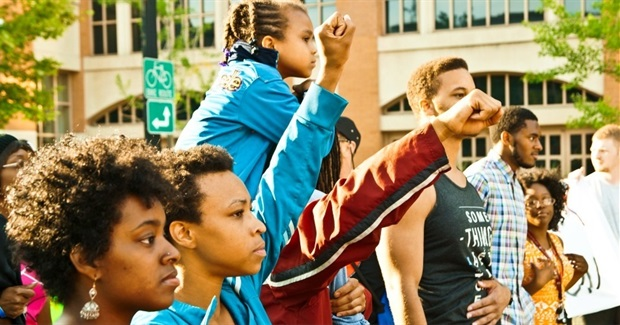 Why the Climate Movement Must Stand with Ferguson