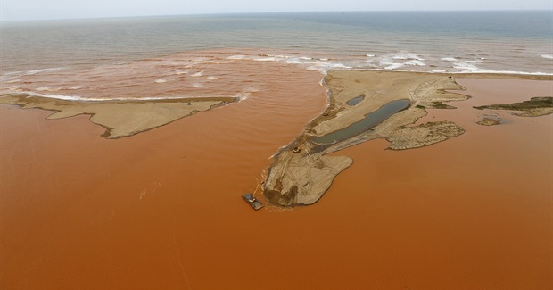 Mining Waste Reaches Brazilian Coast Two Weeks After BHP Dam Collapse